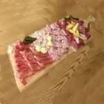 Gran tagliere Speck cotto, prosciutto crudo di San Daniele, formaggio, speck del tirolo, lardo, cetrioli in agrodolce e rafano